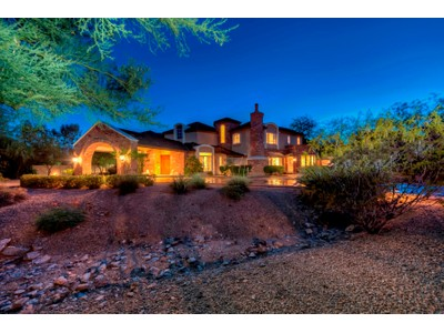 Villa for sales at Beautiful Home With Stunning Mountain Views In The Heart Of Paradise Valley 6812 N 47th Street Paradise Valley, Arizona 85253 Stati Uniti