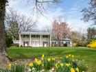 独户住宅 for  sales at Proudly Maintained Home On A Pretty Princeton Acre 973 Mercer Road   Princeton, 新泽西州 08540 美国