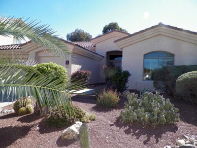 Single Family Home for sales at Beautiful Home on a Cul-de-Sac in The Lakes at Castle Rock 2088 N Water View Court Tucson, Arizona 85749 United States