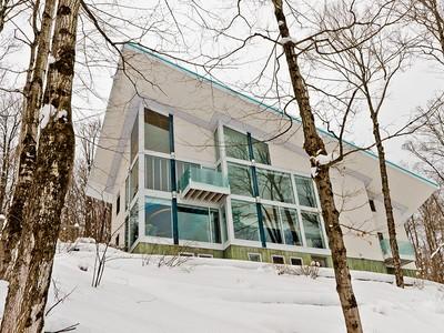 Maison unifamiliale for sales at Austin 26 Ch. de la Descente  Austin, Québec J0B1B0 Canada
