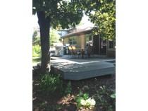 Nhà ở một gia đình for sales at Huntington Woods 25403 Scotia Road   Huntington Woods, Michigan 48070 Hoa Kỳ