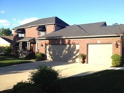 Casa para uma família for sales at Canton 40575 Deer Creek Drive Canton, Michigan 48188 Estados Unidos