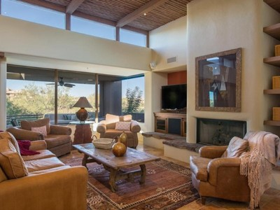 Einfamilienhaus for sales at Beautiful Golf Course Setting For This Apache Cottage 39999 N 110th Place Scottsdale, Arizona 85262 Vereinigte Staaten