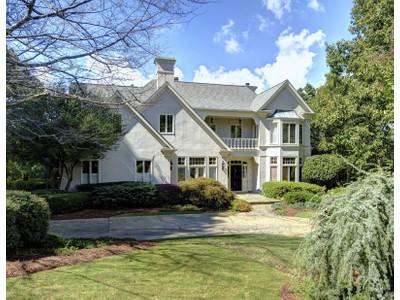 Casa Unifamiliar for sales at European Estate Home 860 Marseilles Drive  Sandy Springs, Georgia 30327 Estados Unidos