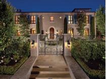 Nhà ở một gia đình for sales at 20 Shell Beach    Newport Coast, California 92657 Hoa Kỳ