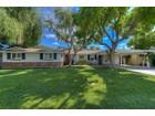 Casa para uma família for sales at Beautifully Updated Home In Highly Sought-After Biltmore Heights Neighborhood 3329 E Georgia Ave  Phoenix, Arizona 85018 Estados Unidos