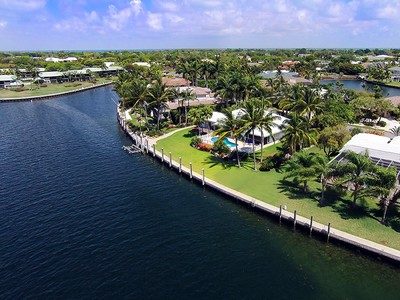 Nhà ở một gia đình for sales at Waterfront Living at Ocean Reef 3 Channel Cay  Road Key Largo, Florida 33037 United States