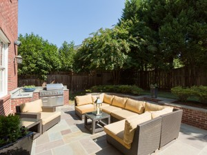 Additional photo for property listing at 1839 Herndon Street, Arlington    Arlington, 弗吉尼亞州 22201 美國