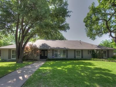 獨棟家庭住宅 for sales at 3953 Thistle Lane  Fort Worth, 德克薩斯州 76109 美國