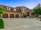 Maison unifamiliale for sales at Beautiful 2 Story in Parkway Palisades 1099 W Chapel View Cir West Jordan, Utah 84095 États-Unis