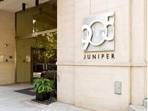 Кооперативная квартира for sales at Two Bedroom Plus a Den in 905 Juniper 905 Juniper Street Unit 312   Atlanta, Джорджия 30309 Соединенные Штаты