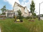 Casa para uma família for  sales at Prestigious Lakeshore Woods 400 Nautical Blvd. Oakville, Ontario L6L6W7 Canadá