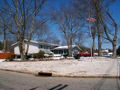 Moradia for sales at Great Family HOme 57 Blue Jay Drive Brick, Nova Jersey 08723 Estados Unidos