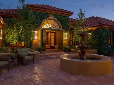 Maison unifamiliale for sales at Enchanting Oak Creek Villa 70 East Wing Drive Sedona, Arizona 86336 États-Unis