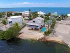 Nhà ở một gia đình for sales at Lakefront Pool Home 64 Mutiny Place Key Largo, Florida 33037 Hoa Kỳ