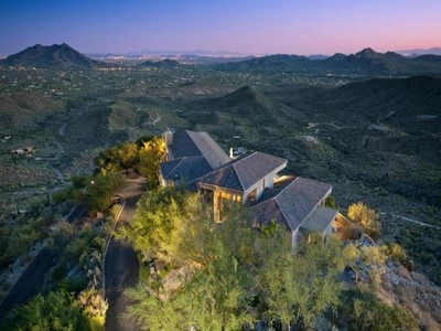 Casa Unifamiliar for sales at Stunning Hilltop Southwestern Contemporary Home 44019 N COTTONWOOD CANYON RD Cave Creek, Arizona 85331 Estados Unidos