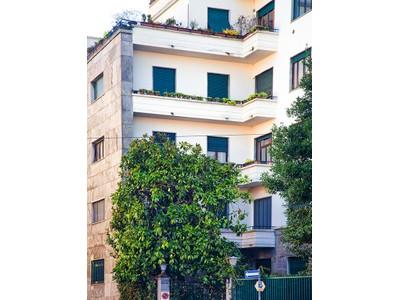 Appartamento for vendita at Spacious apartment with garden Via Melloni Milano, Milan 20129 Italy