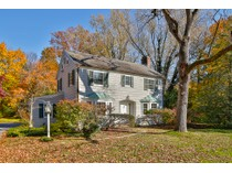 一戸建て for sales at Western Section Classic, Ready for Your Touches 57 Elm Road   Princeton, ニュージャージー 08540 アメリカ合衆国