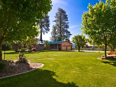 Maison unifamiliale for sales at Kootenai Bay Waterfront Home 177 Nancy Road Sandpoint, Idaho 83864 États-Unis