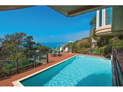 Maison unifamiliale for sales at 31305 Ceanothus Drive    Laguna Beach, Californie 92651 États-Unis