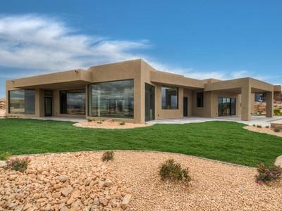 Nhà ở một gia đình for sales at One of a Kind Stone Cliff Residence 2040 S Pinnacle Cir  St. George, Utah 84790 Hoa Kỳ