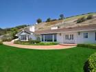 Maison unifamiliale for  sales at 8 Ringbit Road E   Rolling Hills, Californie 90274 États-Unis