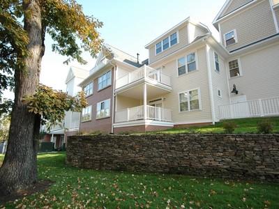 Condominium for sales at Luxury 2-Bedroom/2-Bath Condo 95 Conant Street Unit #409 Concord, Massachusetts 01742 United States