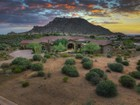 Einfamilienhaus for sales at Sprawling Tuscan Estate with Sweeping Mountain Views in Gated Collina e Vista 11609 E Quartz Rock Rd  Scottsdale, Arizona 85255 Vereinigte Staaten
