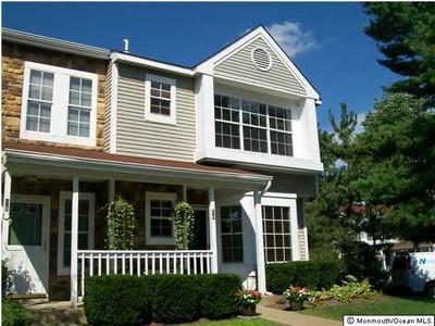 Condomínio for sales at Fox Chase 54 Horseshoe Court  Tinton Falls, Nova Jersey 07753 Estados Unidos