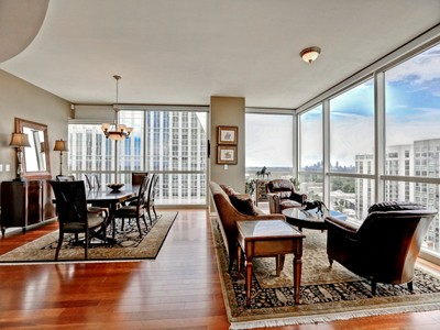 Condominium for sales at Sought After 3 Bedroom, 3 Bath On 19th Floor 3325 Piedmont Road #1906 Atlanta, Georgia 30305 United States