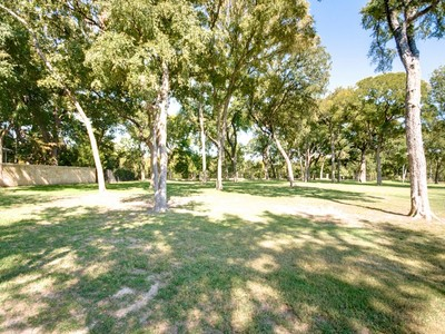 Terreno for sales at Gorgeous Lot on Mira Vista Golf Course 6960 Laurel Valley Drive Fort Worth, Texas 76132 Estados Unidos