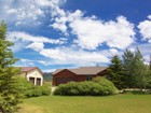 Maison unifamiliale for sales at Country Home with Shop on 2.5 Acres 4457 Sweet Home Drive Victor, Idaho 83455 États-Unis