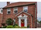 Maison unifamiliale for sales at A Storybook home 7325 Goff Avenue Richmond Heights, Missouri 63117 États-Unis