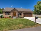 Casa para uma família for sales at Newer Murray Home 4910 Naylor Ln Murray, Utah 84107 Estados Unidos