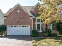 Einfamilienhaus for sales at 107 Walters Avenue    Franklin, Tennessee 37067 Vereinigte Staaten