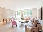 Apartman Dairesi for  sales at Apartment - Ecole Bleue  Neuilly, Ile-De-France 92200 Fransa