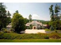 Casa para uma família for sales at DesChamps 135 Hummingbird Lane   Highlands, Carolina Do Norte 28741 Estados Unidos