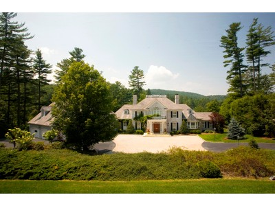 Single Family Home for sales at DesChamps 135 Hummingbird Lane Highlands, North Carolina 28741 United States