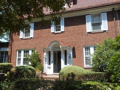 """獨棟家庭住宅 for sales at 'STATELY GARDENS COLONIAL"""" 180 Greenway South , Forest Hills Gardens  Forest Hills, 紐約州 11375 美國"""