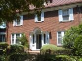 "Vivienda unifamiliar for sales at 'STATELY GARDENS COLONIAL""  Forest Hills,  11375 Estados Unidos"