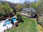 Casa Unifamiliar for sales at Park Like Setting 35 Weiss Road Upper Saddle River, Nueva Jersey 07458 Estados Unidos