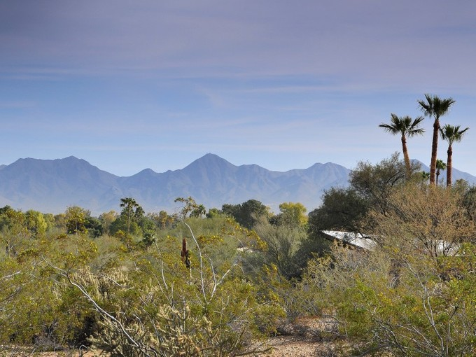 Terreno for sales at Rare 3.63 Acres in Mummy Mtn Park in Paradise Valley 7815 N Ironwood Dr #8 Paradise Valley, Arizona 85253 Estados Unidos