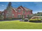 Einfamilienhaus for  sales at 4 Malvern Road  Holmdel, New Jersey 07733 Vereinigte Staaten