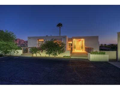 Villa for sales at Classic Mid-Century Modern Architecture In A Fantastic Paradise Valley Location 4237 E Highland Drive  Paradise Valley, Arizona 85253 Stati Uniti