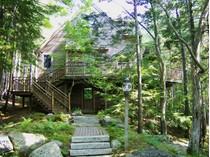단독 가정 주택 for sales at The Treehouse 11 Treehouse Way Northeast Harbor   Mount Desert, 마이애미 04662 미국