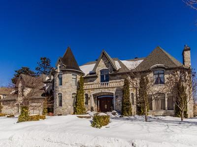 Nhà ở một gia đình for sales at Rosemère 76 Rue De Bleury Rosemere, Quebec J7A4L9 Canada