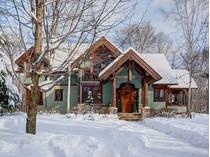 Casa para uma família for sales at Mont-Tremblant 138 Ch. du Belvédère   Mont-Tremblant, Quebec J8E1T7 Canadá