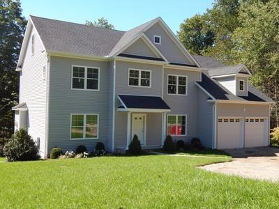 Maison unifamiliale for sales at New Construction 153 East Rocks Road Norwalk, Connecticut 06851 États-Unis