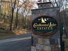 Vivienda unifamiliar for  sales at Full-Yime or Weekend Retreat at Candlewood Lake Estates 1 Eagles Nest Drive   Sherman, Connecticut 06784 Estados Unidos