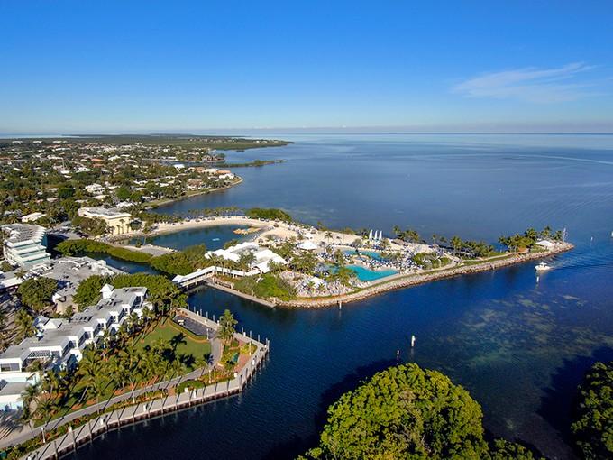 Autre résidentiel for sales at Within Ocean Reef's Mega-Yacht Marina 31 Ocean Reef Drive Dock BS1-4  Ocean Reef Community, Key Largo, Florida 33037 États-Unis
